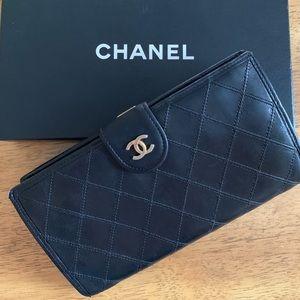 💯 Chanel Diamond Stitch Wallet Black w/ box